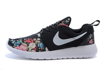 code promo 3d197 57535 nike roshe run femme fleur