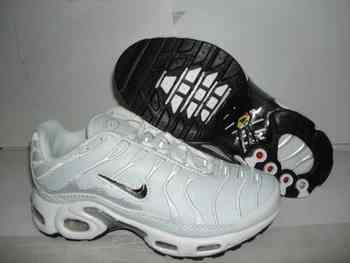 chaussure nike tn 35